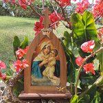Cinco orações à Mãe Peregrina