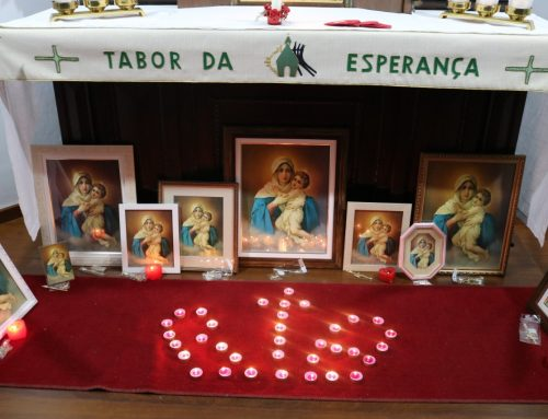 Entrega do cetro e Coroa RTA JuFem e Encontro das Apóstolas