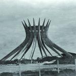Catedral Metropolitana N. Sra. Aparecida, primeiro monumento a ser criado em Brasília